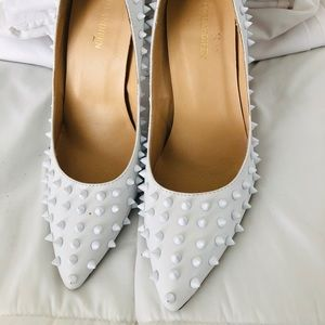 White studded heels pumps